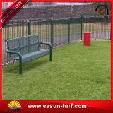 잔디밭을%s 연약한 정원사 노릇을 하는 뗏장 축구 합성 인공적인 잔디