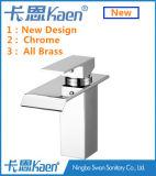 Nouveau robinet de salle de bain à une poignée