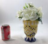 人工的な白い花によっては装飾のBonsaiが家へ帰る