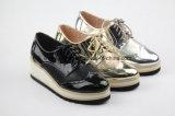 Neu Entwurfs-Dame Fashion Shoes oben sich schnüren mit Shinning Farbe