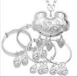 2011現代かわいい赤ん坊の銀の宝石類セット