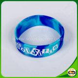 Preiswerter Preis-SilikonWristband mit kundenspezifischem Firmenzeichen