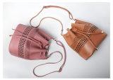 方法本革デザイナーバケツ袋の女性のトートバック