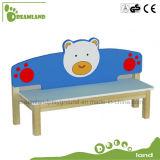 Banco de madeira dos desenhos animados encantadores dos miúdos para a venda