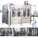 Completar una tabla a la Z de la línea de producción de llenado de agua