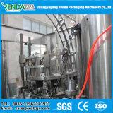A linha de produção de vinho de latas de alumínio / máquina de enchimento