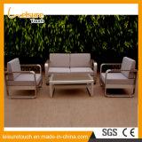 Sofá de alumínio escovado de metal para mesa e cadeira de lazer do pátio situado Jardim Mobiliário de exterior