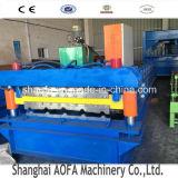 El panel de acero de la azotea del color que hace la maquinaria