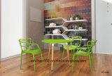 新しい家具のスタック可能庭の屋外の余暇の多彩なプラスチック椅子