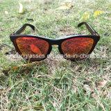 Gafas de sol polarizadas UV400 clásicas de las mujeres de los hombres del marco de la PC de la lente de la manera