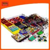 Suave mayorista de equipos de juego infantil en el interior de juguetes para niños