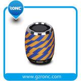 Портативный водонепроницаемый Bluetooth с помощью встроенных динамиков Power Pack
