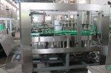 Máquina de rellenar de la bebida carbónica automática llena de la botella de cristal