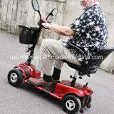 Vespa eléctrica invalidada nueva llegada de la movilidad para una más vieja gente