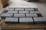 Pietra grigia scura naturale del Cobblestone/cubo del granito che pavimenta per il pavimento