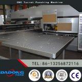특별한 무거운 두꺼운 강철 플레이트 유압 CNC 구멍 뚫는 기구 또는 펀칭기
