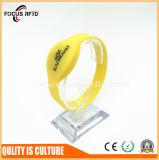 Savoirs traditionnels colorés4100/F08 Puce RFID bracelet en silicone avec code à barres/numéro/Logo imprimé