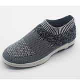 Mann-Sport-Schuhe mit Kurbelgehäuse-Belüftung eingespritztem Outsole