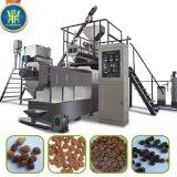 la volaille alimentent la machine de boulette d'aliments pour chiens de machine de boulette