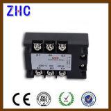 Trois phases AC à AC 90-280VAC à 480VAC 15A Relais statique noir SSR relais avec Ce