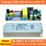 30-46W 세륨 QS3040를 가진 흔들림 삼각형 Dimmable LED 전력 공급 없음