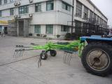星Mgr4000のトラクターのための回転式干し草熊手