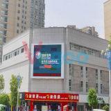 P4 che fa pubblicità allo schermo di visualizzazione esterno del LED di colore completo