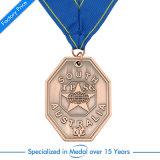 Medaglia su ordinazione all'ingrosso di Triathon del bollo dell'oro/argento/bronzo con il nastro