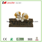 Статуя металлической пластинкы стены собак Polyresin радушная