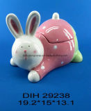 ウサギの装飾が付いている手塗りの陶磁器キャンデーの瓶