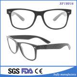 Pequeño Rectángulo Ce certificado FDA Lente transparente gafas de sol de moda