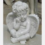 白い大理石の小さい赤ん坊の天使の彫像