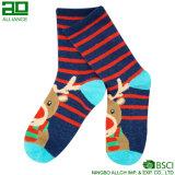 Олени рождества связанные оптом одевают носки