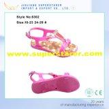 Gli ultimi sandali delle ragazze del PVC di disegno, punta aperta casuale scherza i sandali con la decorazione del Rhinestone