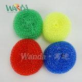 La pulizia della cucina lavora il raschiatore della plastica della sfera di pulizia dell'impianto di lavaggio della maglia
