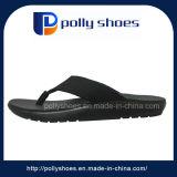 El diseñador de moda de los nuevos hombres cómodos de la sandalia Chanclas