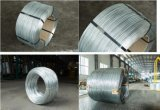 0.75mm galvanisierten Stahldraht heißes BAD Zink-Beschichtung-hohe Kohlenstoff-Verpackung in der hölzernen Bandspule