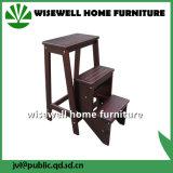 3つのステップ折る木製の梯子の椅子