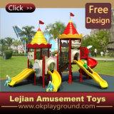 CE Labyrinthe de plein air de haute qualité en plastique Aire de jeux pour Park (12075A)