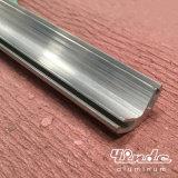 Le profil d'extrusion/a expulsé la barre en aluminium pour les pièces mécaniques