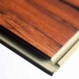 5,5 mm Cliquez sur le bois composite en plastique laminés Tile