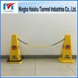 노란 안전 콘, 경고 콘, 젖은 지면 표시