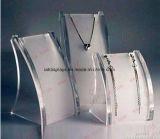 Étalage cosmétique acrylique de bijou de collier de rouge à lievres de vernis à ongles