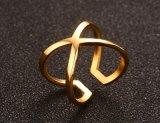 Ringen van uitstekende kwaliteit van het Gouden Plateren van de Ring van het Roestvrij staal de Enige Gekruiste