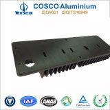 Profil en aluminium personnalisé pour le radiateur avec l'oxydation anodique en noir