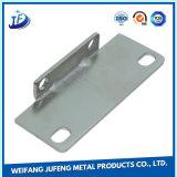 Pliées de haute précision et de poing pièce d'estampage métalliques personnalisées