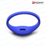 NFC無接触RFIDのシリコーンのリスト・ストラップのブレスレットの時計バンドの札にアクセスしなさい