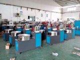 Пластмасса ротанга стула пляжа подрожательная прессуя производящ машину