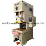 Máquina cortando da imprensa de potência do C