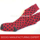 Algodón 100% del calcetín del tubo de Coloful de la mujer (UBM1045)